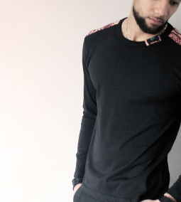 MICOBI Black long sleeve fitted tee