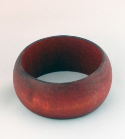 Rouge Wooden bangle