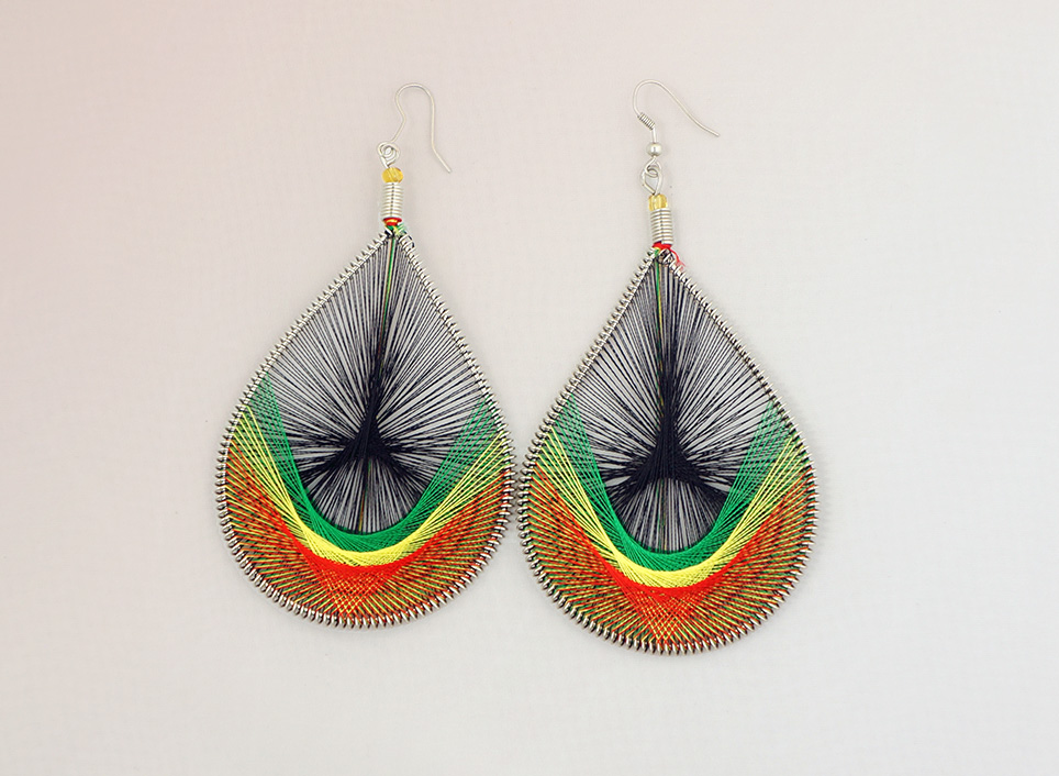 4 thread earrings screams africa
